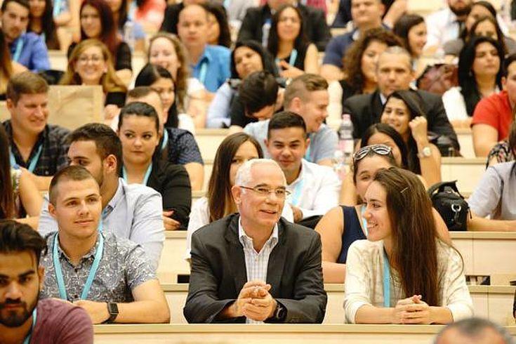 Minister-Forum mit den Studenten