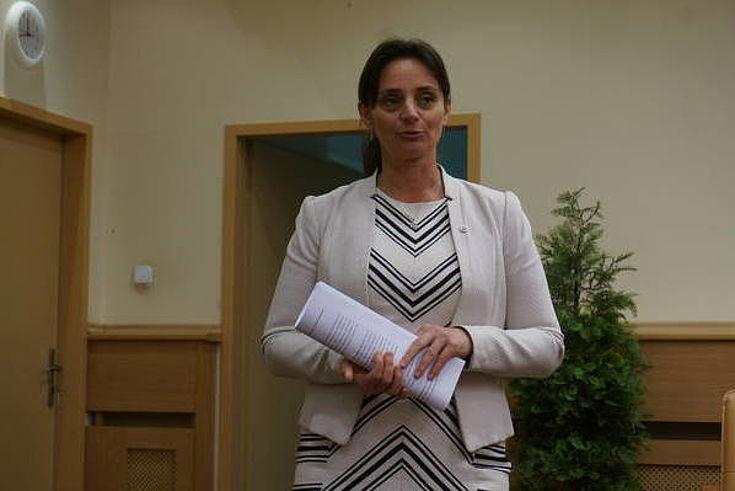 Begrüßung durch Frau Katalin Langer-Victor, stellvertretende Staatssekretärin für gesellschaftliche Inklusion